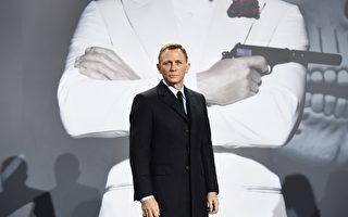 《007:幽灵党》德国首映式上的丹尼尔‧克雷格( TOBIAS SCHWARZ/AFP/Getty Images)