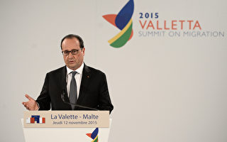 """法国总统欧兰德12日表示,气候会议必须订定""""具约束力""""的协议,以阻全球暖化造成的灾难。(STEPHANE DE SAKUTIN/AFP)"""