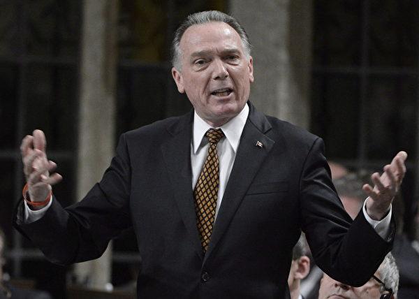 圖為加拿大資深國會議員,國會法輪功之友主席肯特。他建議總理特魯多在G20峰會期間,敦促習近平重視訴江案,並早日停止對法輪功的迫害。(CP/Adrian Wyld)
