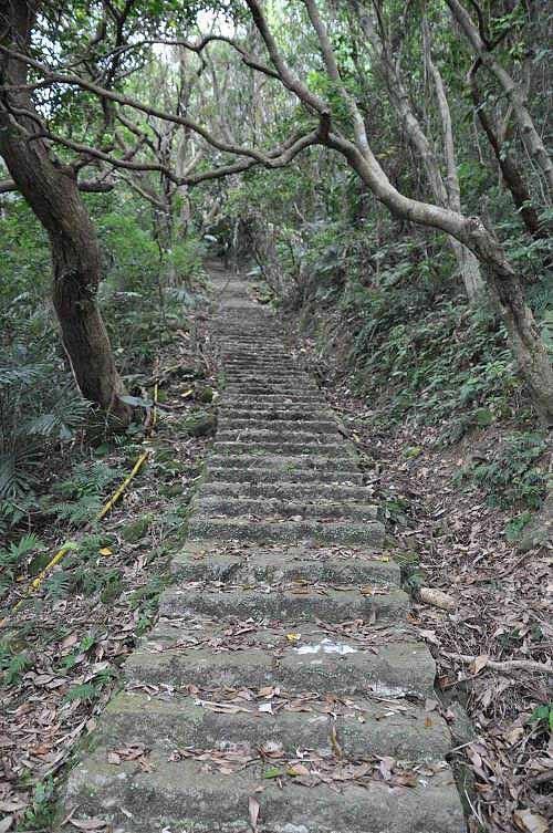 平溪步道石阶路,路况良好。 (图片提供:tony)