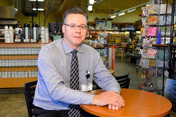 Choices Markets的运营执行长Jon Janower。(景浩/大纪元)