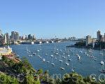 为了迎接中国游客的到来,悉尼附近的一些机构正在忙于组织旅游、机场接送和预订住宿等。(简玬沐大纪元)