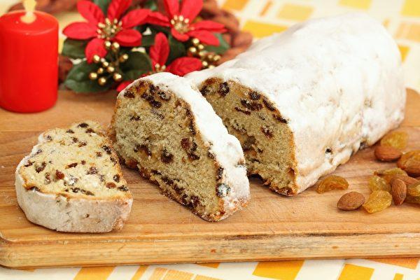 德国传统的圣诞蛋糕--干果蛋糕,融合蛋糕和面包的美妙滋味。(fotolia)