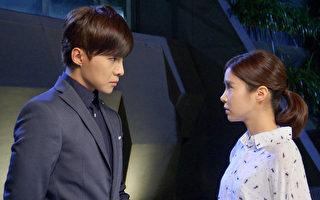 图为唐禹哲(左)与李佳颖出演《莫非,这就是爱情》剧照。(三立提供)