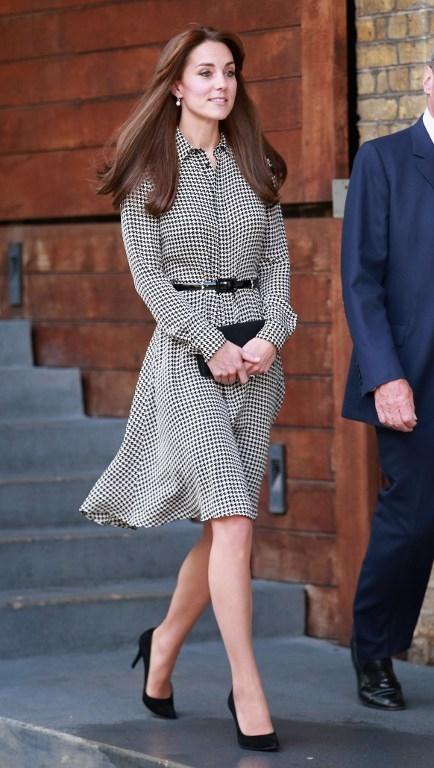 2015年9月17日,产后四个月的凯特王妃访问位于伦敦的安娜弗洛伊德中心。(Chris Jackson/AFP)