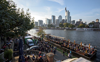 德國金融之都法蘭克福又是一座溫馨的文化名城。(Thomas Lohnes/Getty Images)