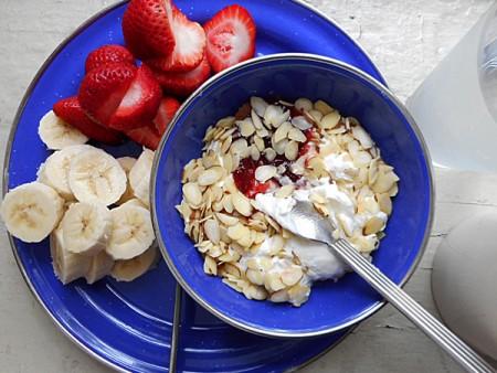 酸奶水果早餐。(Pseph/Flickr)