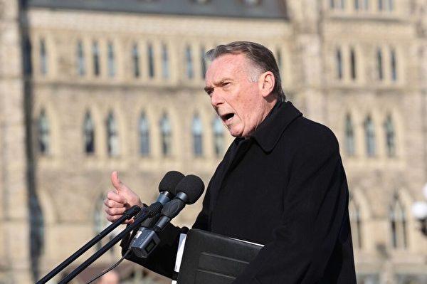 國會法輪功之友主席肯特表示:「代表10個家庭成員在中國受到迫害的加拿大家庭,我們認為加拿大政府必須站出來,必須持續的,強有力的傳達我們對中共政府人權迫害的關注。」(艾文/大纪元)