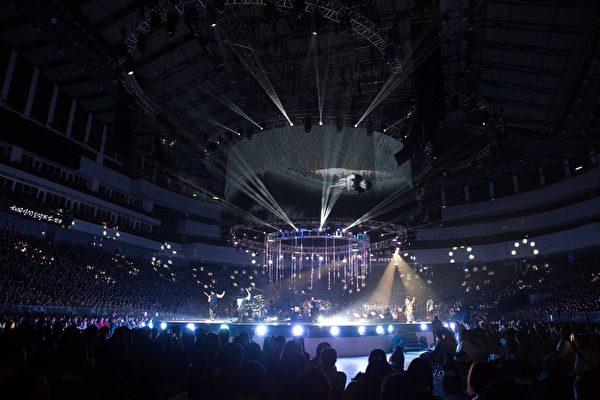 苏打绿演唱会有的是德国交响乐团、台湾管弦乐队;更比照音乐会模式。(环球唱片提供)