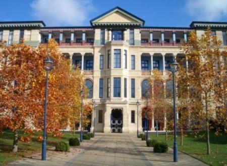 劍橋大學賈吉商學院。(Wiki Commons)