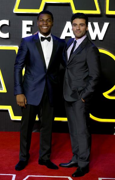 約翰‧波耶加(左)與奧斯卡‧伊薩克。(Chris Jackson/Getty Images for Matchless)