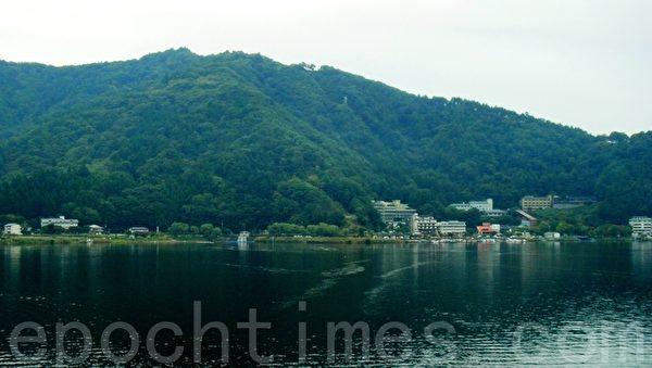芦之湖(蓝海/大纪元