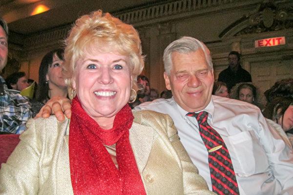 Gerlinde Braunberger和先生一起观看了当晚的演出,感觉非常兴奋。(萧雨晴/大纪元)
