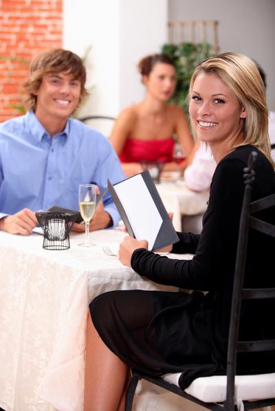 去高档餐厅要注意着装(图片来源:Fotolia)