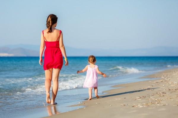 多鼓励孩子尝试,有助于他们更加独立。(Fotolia)
