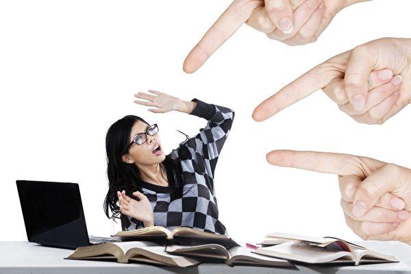 恐慌症是在毫無預警下,突然產生緊張、焦慮的現象。(fotolia)