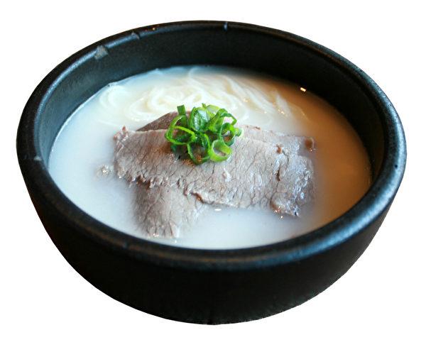 浓香扑鼻的极品牛骨汤。(图/GamMeeOk提供)