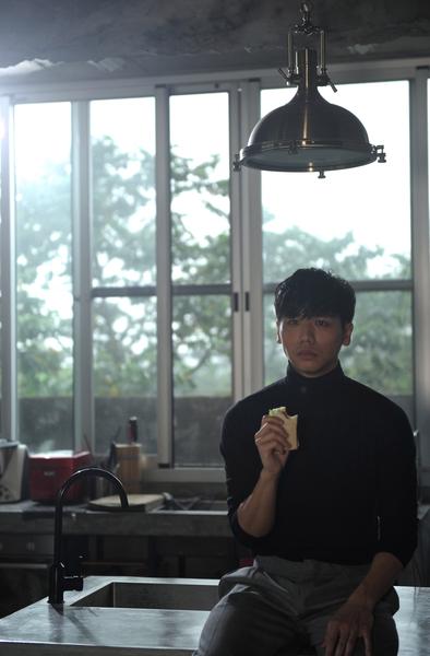 蔡旻佑新歌《不如》Mv影像。(一起娛樂提供)