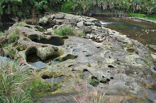 基隆河壶穴地形 (图片提供:tony)
