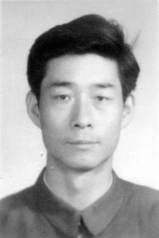 青海省西宁铁路分局公安处干警、法轮功学员贺万吉日前被海北州浩门监狱迫害致死。(明慧网)
