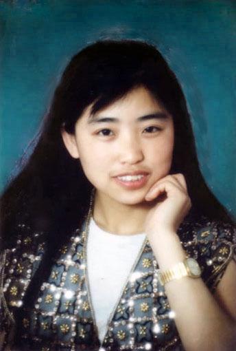 石家庄法轮功学员冯晓敏二零零四年六月一日被迫害致死时年仅34岁,撇下了当时不到两岁的儿子。(明慧网)