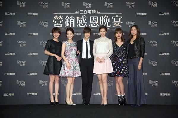 圖為林予晞(左起)、曾之喬、賴雅妍、任容萱、洪小鈴。(三立提供)