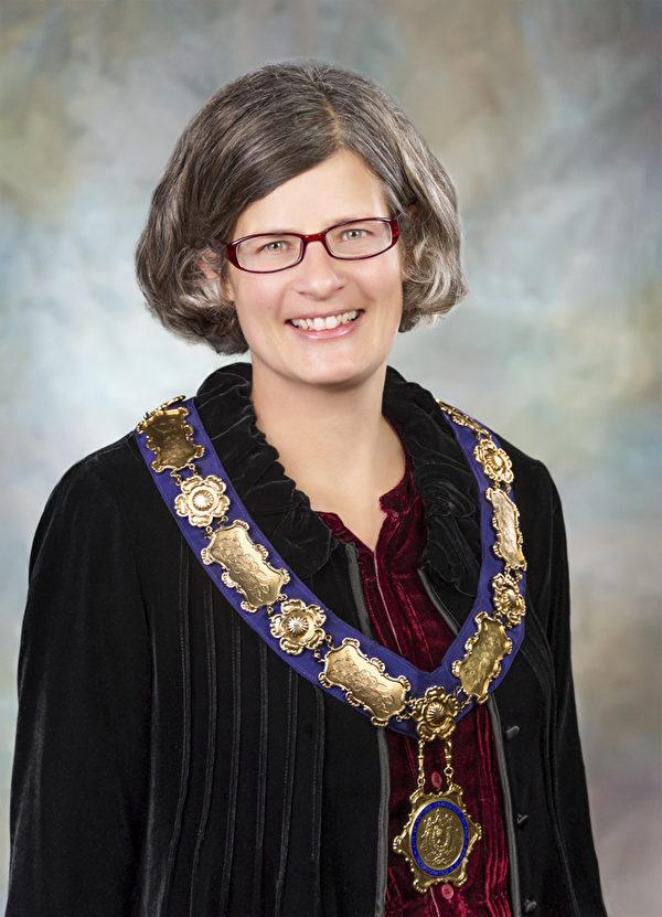 维多利亚市长Lisa Help。(官网图片)