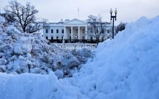 川普還剩下40天左右就將接替奧巴馬成為美國新一任總統,但奧巴馬在離任前最後一刻下令調查大選期間有關俄羅斯黑客入侵的系列案件。(BRENDAN SMIALOWSKI/AFP/Getty Images)