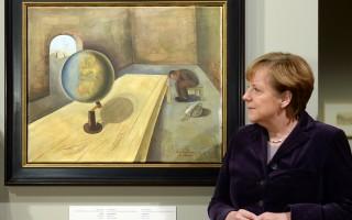 1月26日到4月3日,一百多幅纳粹时代受害者画作将在柏林德国历史博物馆的大屠杀艺术展览上首次展出,总理默克尔为本次画展揭幕。( AFP / POOL / Britta Pedersen )