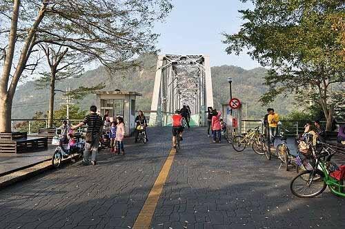 花梁钢桥大甲溪铁桥(花梁钢桥)。 (图片提供:tony)