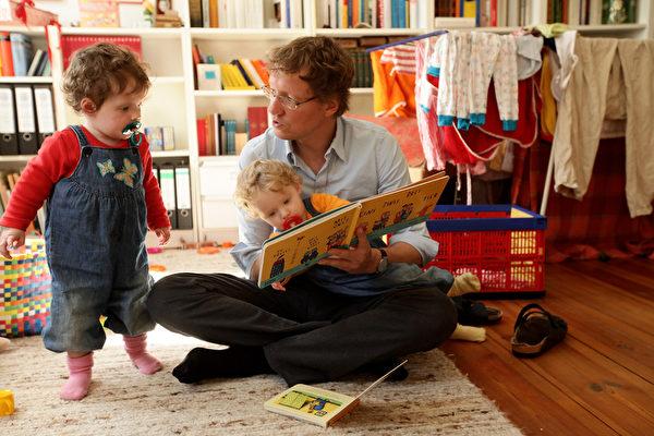 他们让孩子早早学数学。(Sean Gallup/Getty Images)