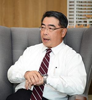 庆仁建设走过一甲子,总经理林正昇庆幸公司很重视守法,得以屹立不摇。(龚安妮/大纪元)