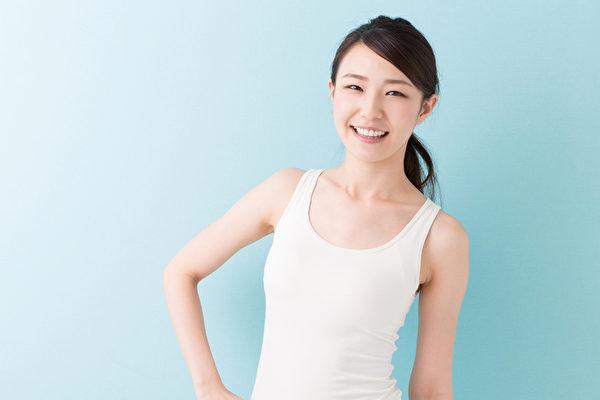 女性想要自然呈现好肤质,可从抗氧化、美白、抗痘、消除黑眼圈、促进排便等面向着手。(fotolia)