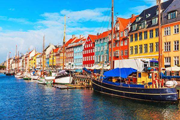 丹麦首都哥本哈根的老城区风景(fotolia)