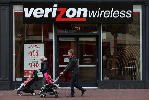 传Verizon想买雅虎 AOL从中穿线