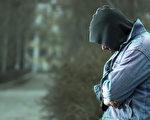 加拿大女子的善举改变流浪汉人生