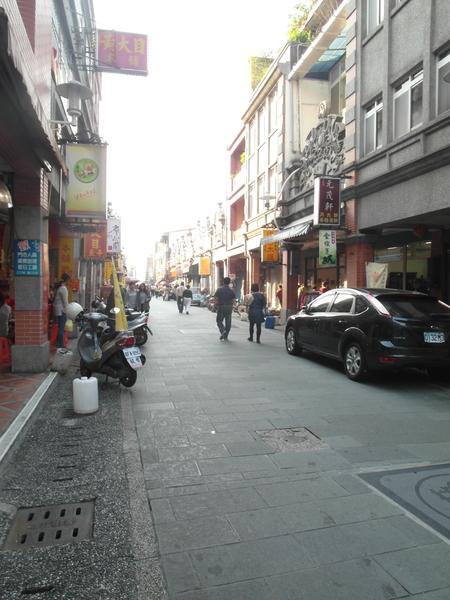 大溪老街的建筑,诉说着不同年代故事。(图:瑞翊建设提供)
