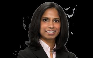 印度裔女孩Dawn Sequeira受父母移民美国的艰辛经历启迪,立志成为一名律师。她后来在马里兰州成立了立德移民律师事务所(Legacy Immigration),帮助更多寻求民主和自由的移民合法安居美国,助他们早日实现美国梦。(Dawn Sequeira提供)