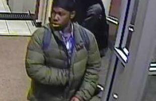 本周一打劫银行的嫌犯之一。(警局提供)