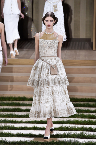 香奈儿(Chanel)-2016年巴黎春夏高级定制时装周(Pascal Le Segretain/Getty Images)