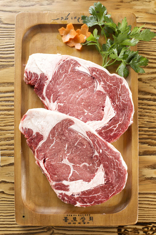 100% 新鮮肉 絕不冷凍。(大紀元圖片)