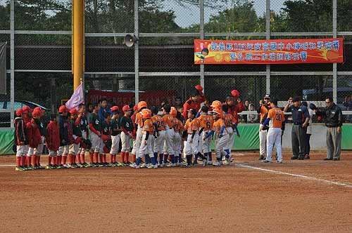 下午2:30,来到和兴国小棒球场,出战台南市公园国小少棒队。 (图片提供:tony)