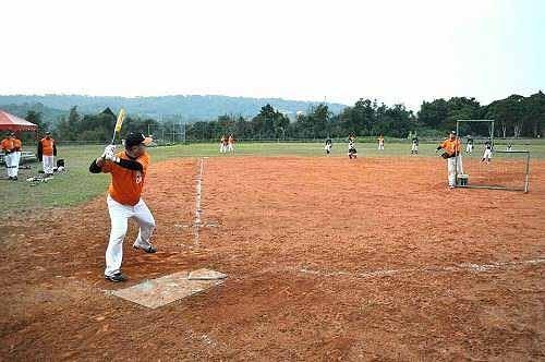 老棒全垒打大赛。 (图片提供:tony)