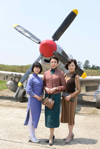 《一把青》主角(左起)连俞涵、杨谨华、天心。(公共电视提供)