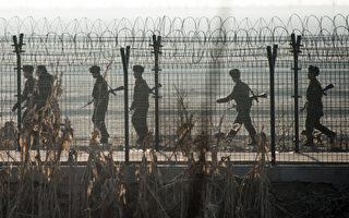 有消息人士表示,金正恩當局不惜重金賄賂中共官員,導致30多名朝鮮脫北者在中國被捕,並將很快被遣返朝鮮。(JOHANNES EISELE/AFP/Getty Images)