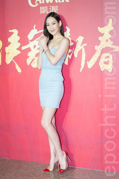 凱渥經紀公司2月15日在台北舉辦新春團拜,圖為名模李曉涵。(陳柏州/大紀元)