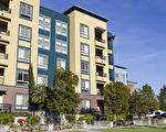 苗必达市(Milpitas)的高密度房逐渐增加中,图是Great Mall附近的高密度住宅区。(李欧/大纪元)
