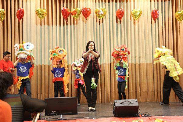 波莫納中文學校13日熱烈展開一系列40周年校慶活動。(校長李梅如提供)