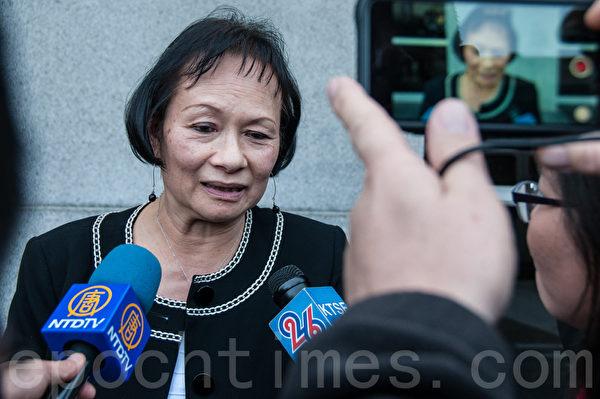 2016年2月24日,认识余胤良有40年的余林凤娇表示,判决还算公平。(周凤临/大纪元)