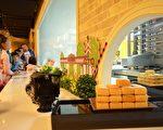 犹如童话故事外观的维格饼家黄金菠萝城堡,可体验凤梨酥DIY制作。(高市观光局提供)